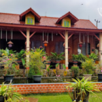 Review Saung Manglid Purwakarta